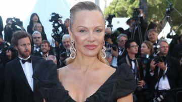 PHOTOS – Pamela Anderson méconnaissable sur le tapis rouge du Festival de Cannes