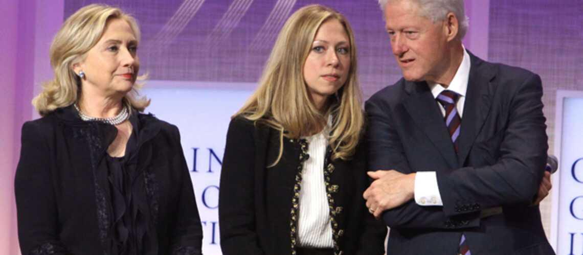 Chelsea Clinton reporter: merci papa, merci maman?