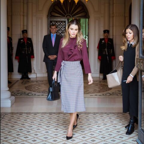 On veut la blouse à volants de Rania de Jordanie