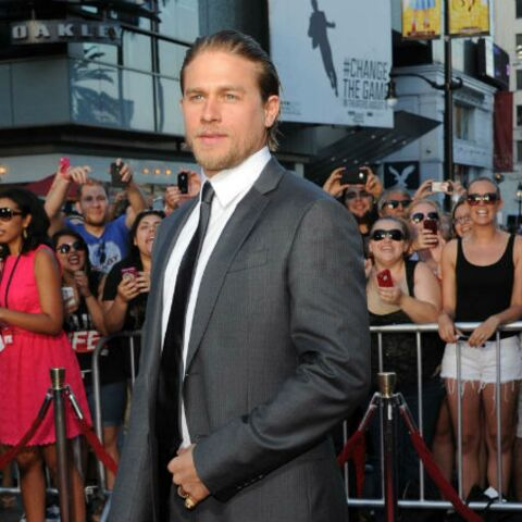 Charlie Hunnam/50 Shades of Grey: il sort de son silence