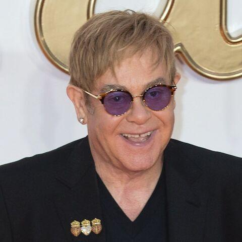 """Elton John se confie sur son mariage avec son ex-femme: """"Je l'ai fait souffrir, je culpabilise et je regrette"""""""