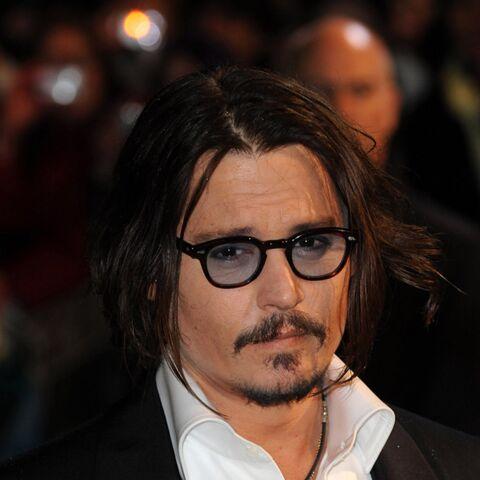 Johnny Depp furieux, il contre-attaque ses anciens managers qui le disaient ruiné