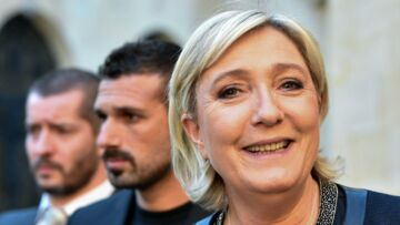 PHOTO – Marine le Pen topless : la photo qui agite la toile est-elle un fake ?