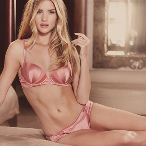 Rosie Huntington-Whiteley, trop sexy?