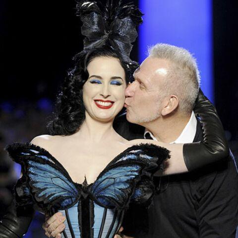 Haute couture: Jean Paul Gaultier papillonne avec Dita Von Teese