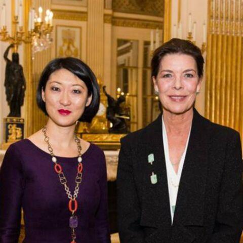 Caroline de Monaco reçoit l'insigne de Commandeur des Arts et des Lettres