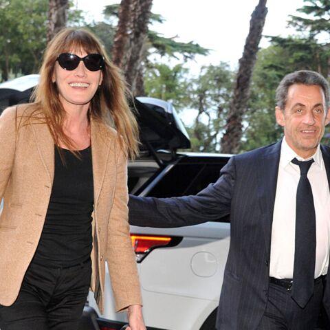 Nicolas Sarkozy Et Carla Bruni Vacances En Scooter Gala
