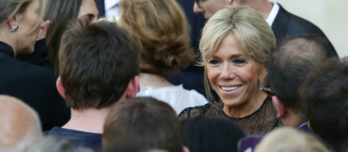 PHOTO – Yann Barthes attaque maladroitement Brigitte Macron, les internautes prennent sa défense