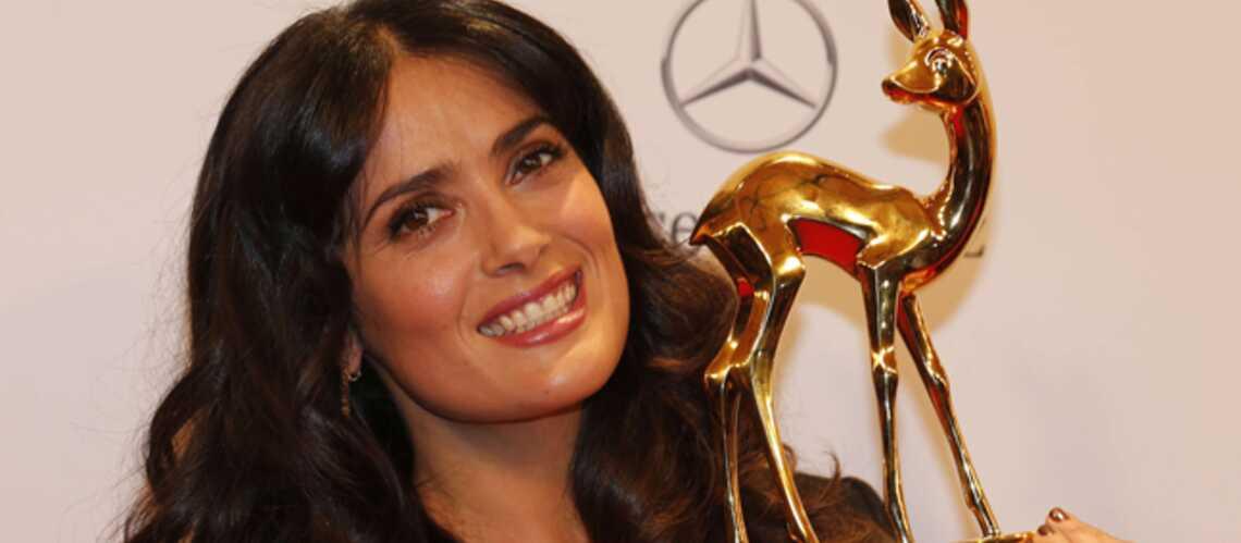 Salma Hayek et One Direction embrasent les Bambi Awards