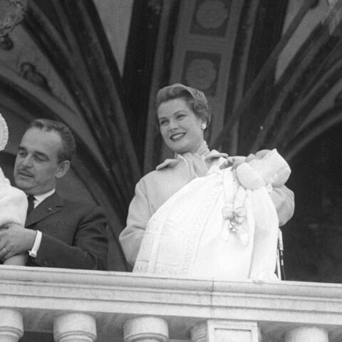 PHOTOS – Du Prince Rainier à Albert II, de Caroline à Charlotte, leurs toutes premières apparitions au balcon