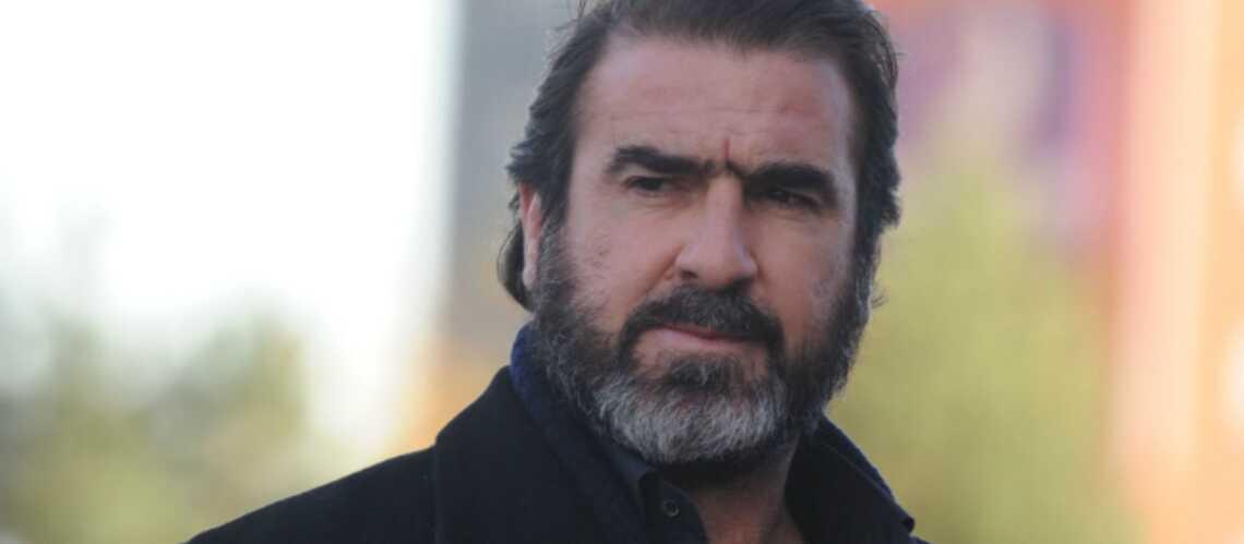 Eric Cantona en professeur de natation synchronisée