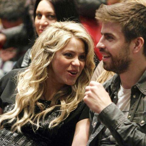 Shakira, fière de son baby bump aux côtés de Gérard Piqué