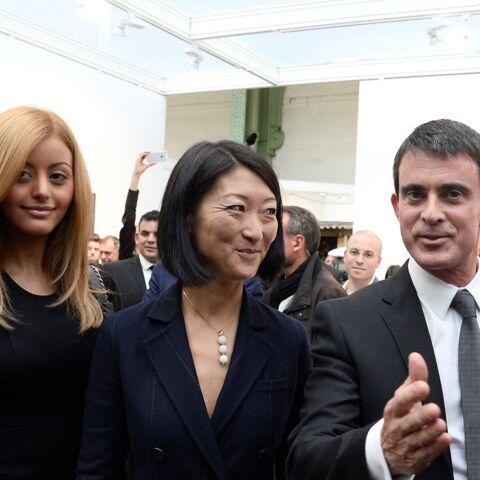 Zahia et Manuel Valls, couple complice à la FIAC