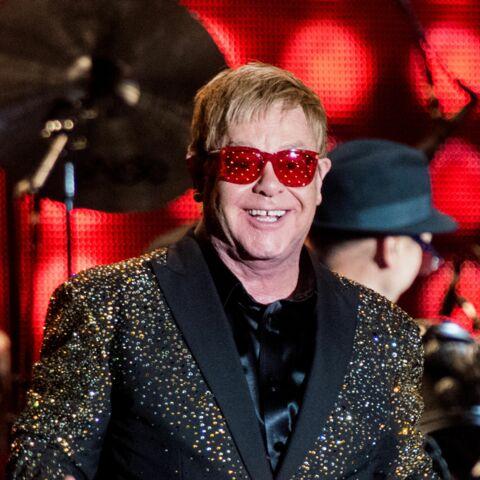 Elton John crée la surprise avec un nouveau single