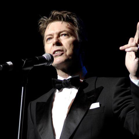 David Bowie chante le crime organisé
