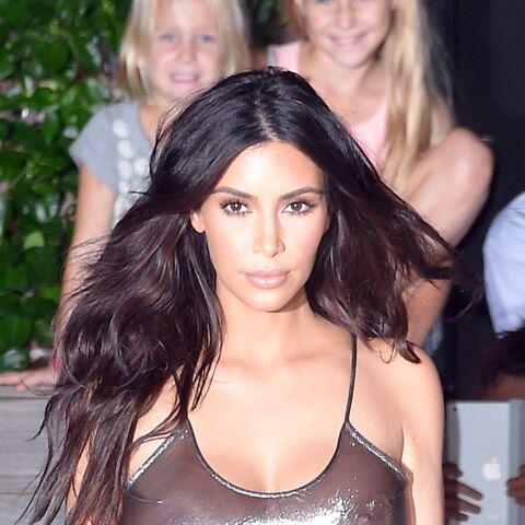 Kim Kardashian dépense 680 euros par jour en produits de beauté