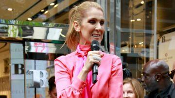 PHOTOS – Céline Dion ultra chic en robe rose Lanvin lance sa ligne de sacs à main