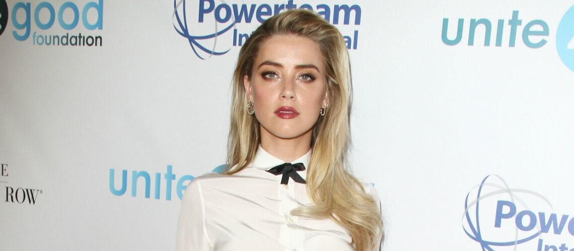 PHOTOS – Amber Heard et Elon Musk: les photos qui offi­cia­lisent