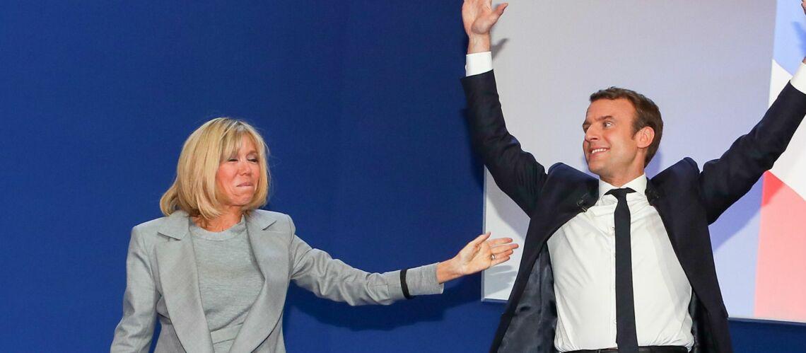 """""""Péroxydée et adepte du bronzage"""", la presse anglaise se lâche sur Brigitte Macron"""