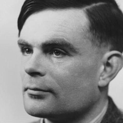 La reine d'Angleterre gracie le défunt Alan Turing