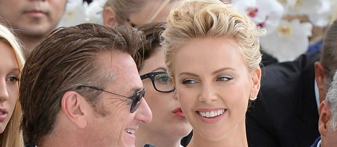 sean penn sur le point d 39 adopter le fils de charlize theron gala. Black Bedroom Furniture Sets. Home Design Ideas