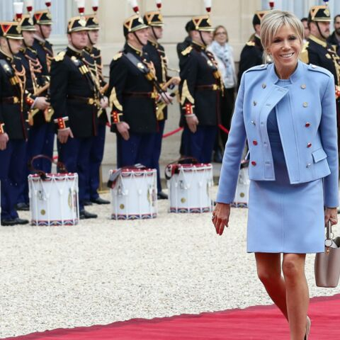 PHOTOS – Adoptez le look de Brigitte Macron!