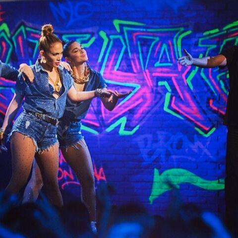 Jennifer Lopez enflamme American Idol