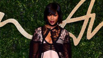 Naomi Campbell, poupée dark des British Fashion Awards
