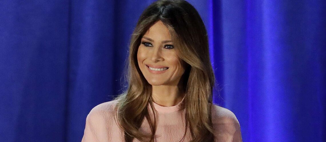 PHOTOS – la tenue osée et transparente de Melania Trump