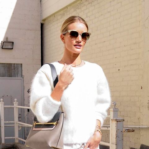 Shopping de star – Rosie Huntington Whiteley, poupée monochrome