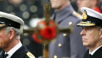 Le prince Charles s'oppose à son frère, le prince Andrew, en refusant un rôle public à ses nièces