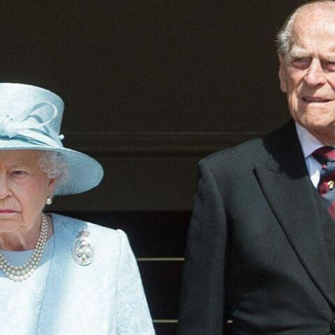 La reine Élisabeth II et le prince Philip, affaibli, fêteront leur 70e anniversaire de mariage dans l'intimité
