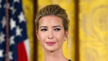PHOTOS – Ivanka Trump dans un top ultra moulant : copierait-elle Melania Trump ?
