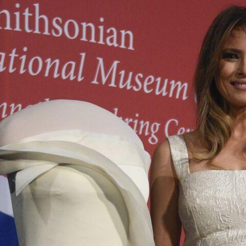 PHOTOS – Melania Trump: la robe qu'elle portait à l'investiture de son mari entre au musée national de l'histoire américaine