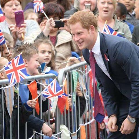 Photos – Le Prince Harry, oncle aguerri