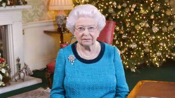 """Elizabeth II fait l'éloge des """"gens ordinaires faisant des choses extraordinaires"""" dans son discours de Noël"""