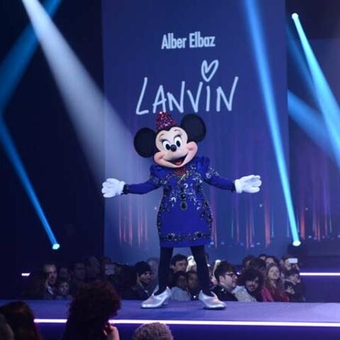 Photos – Minnie défile en Lanvin