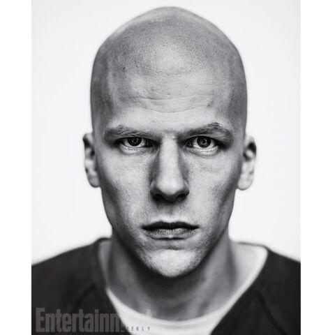 Jesse Eisenberg: pour Batman, il sacrifie ses belles bouclettes