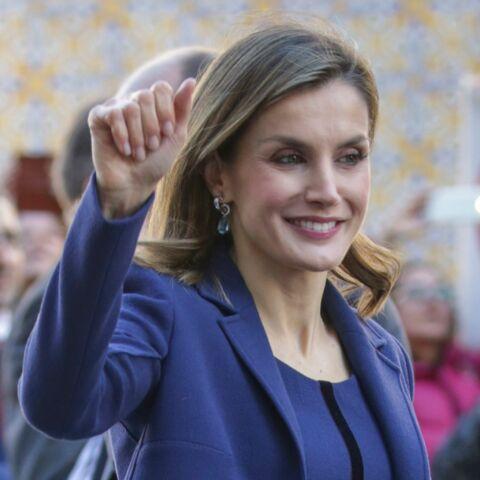PHOTOS – Letizia d'Espagne, une tenue 100% bleue qui sublime sa silhouette