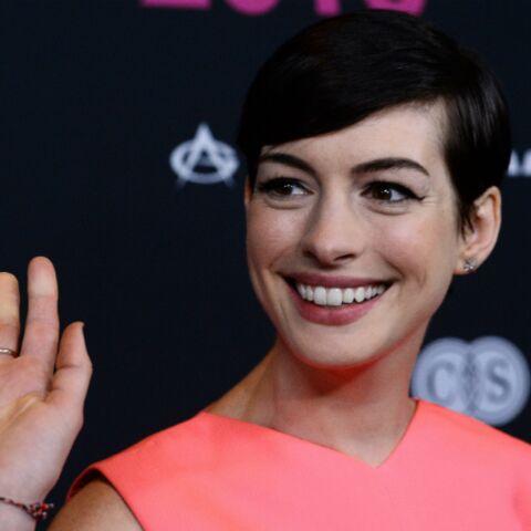 Anne Hathaway en guerre contre le cancer du sein