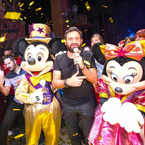 Photos – Cyril Hanouna fête son anniversaire chez Mickey