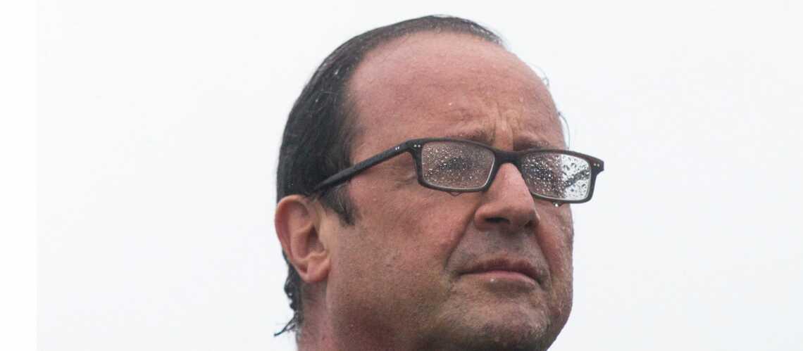 François Hollande participe au «Ice bucket Challenge» sans le vouloir