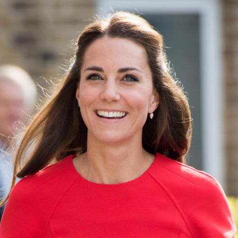 Wanted – La petite robe rouge de Princesse Kate!