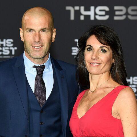PHOTO – Véronique, la femme de Zinédine Zidane: vacances en bikini avec ses quatre fils