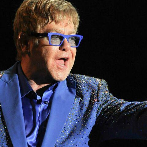 """Elton John: """"Je préfére regarder une drag-queen que Janet Jackson"""""""