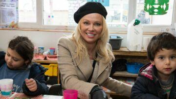Pamela Anderson rend visite aux migrants de Calais: «C'est un combat important»