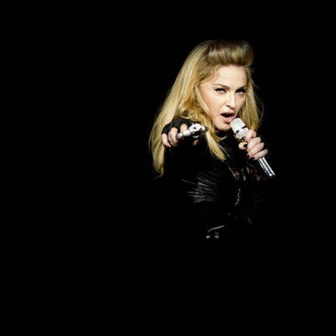 Madonna s'explique sur Marine Le Pen et la croix gammée