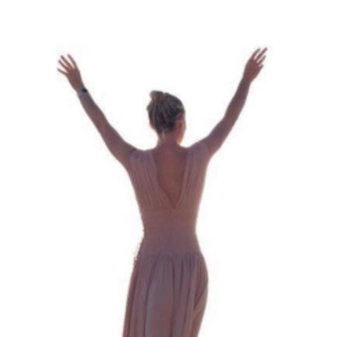 Laeticia Hallyday, déesse grecque sous le soleil de Mykonos