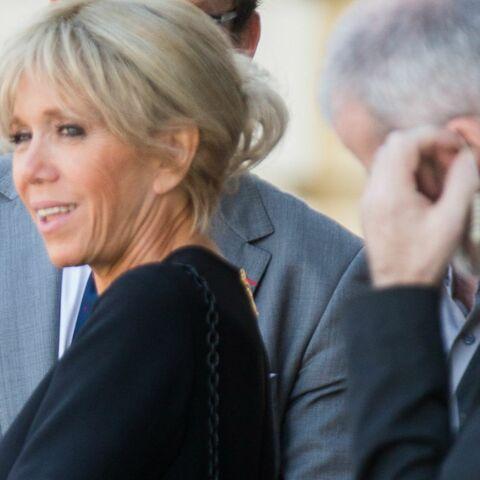 PHOTOS – La jupe courte de Brigitte Macron fait encore jaser