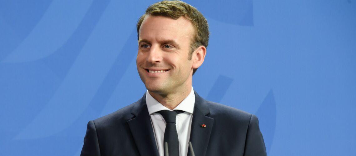 VIDEO – Emmanuel Macron: sa réaction quand on offre une crème anti-âge à son épouse Brigitte Macron